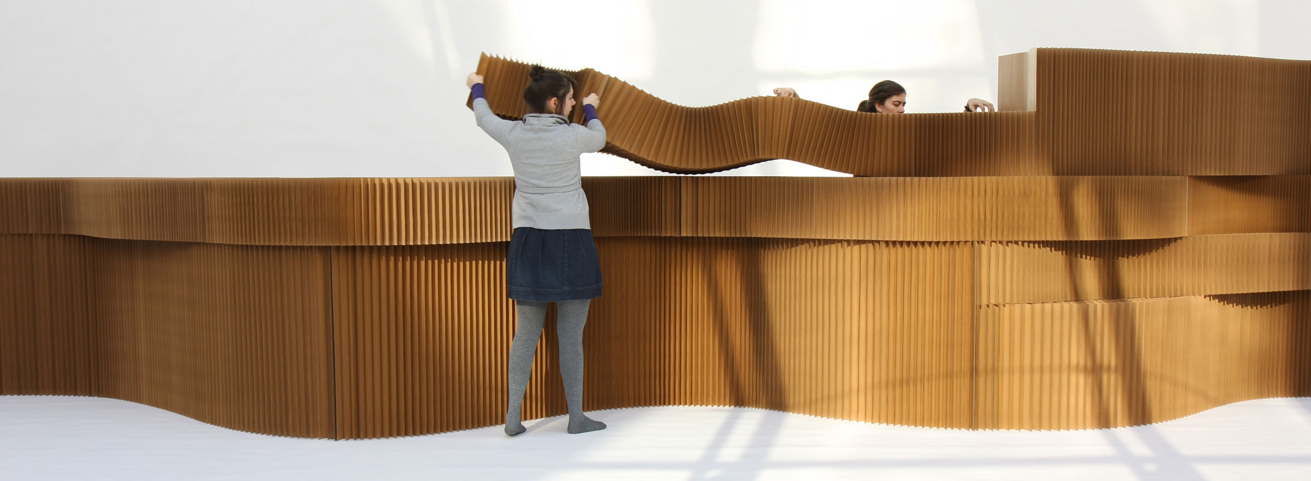 cardboard wall, flexible room divider that can be an acoustic partition, designed by molo.