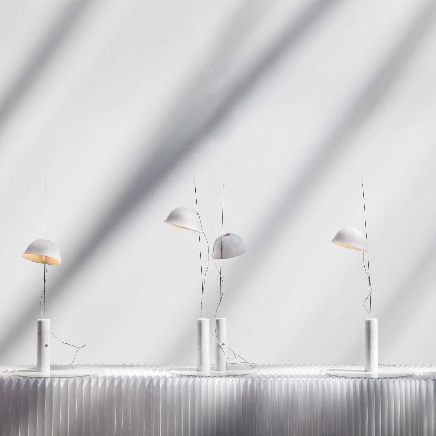 cappello light / table lamp by molo