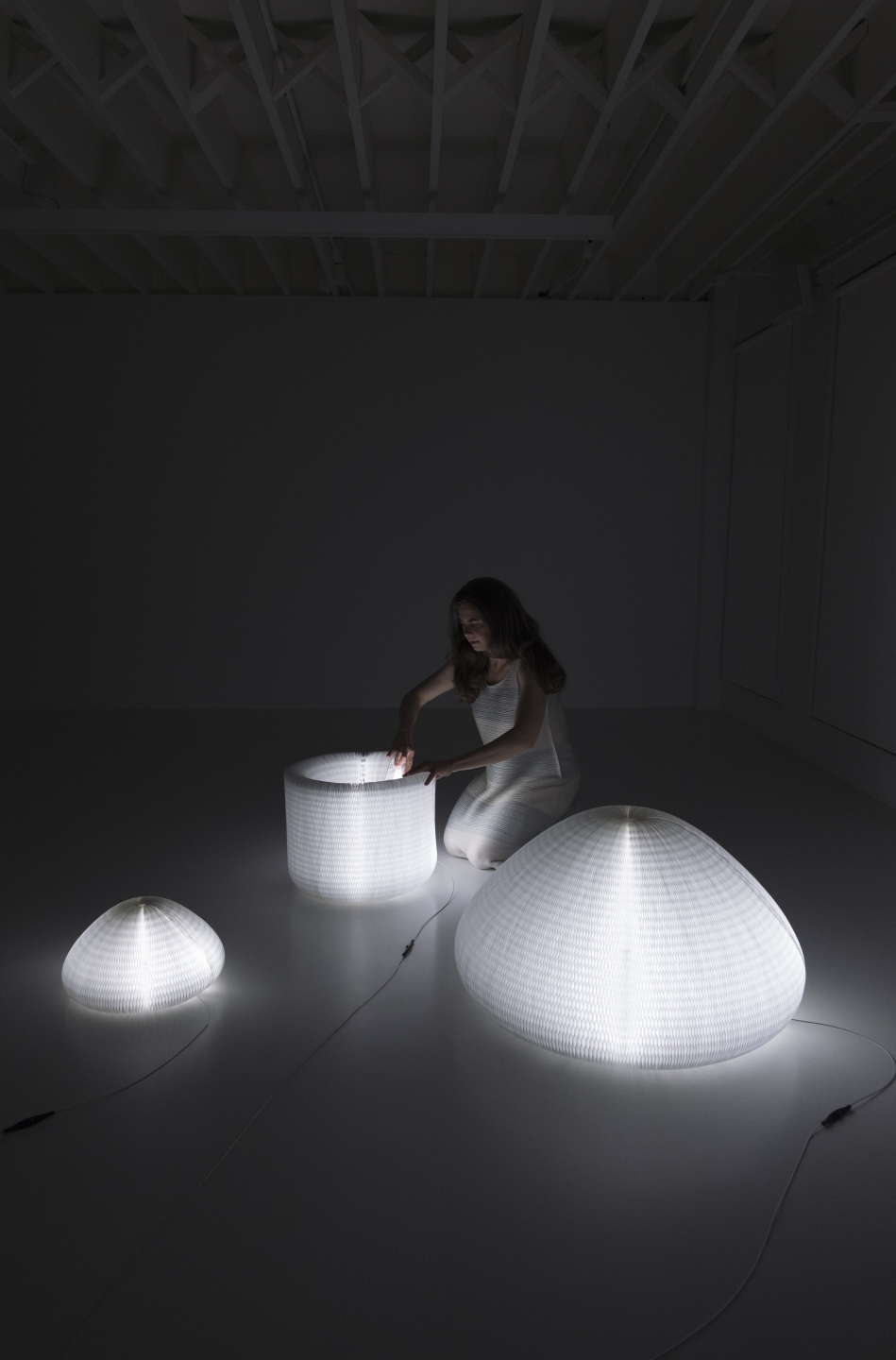 a woman demonstrates the various forms of urchin softlight