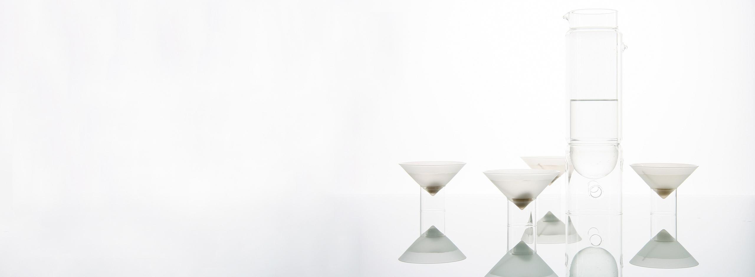 float martini glasses - barware - float glassware