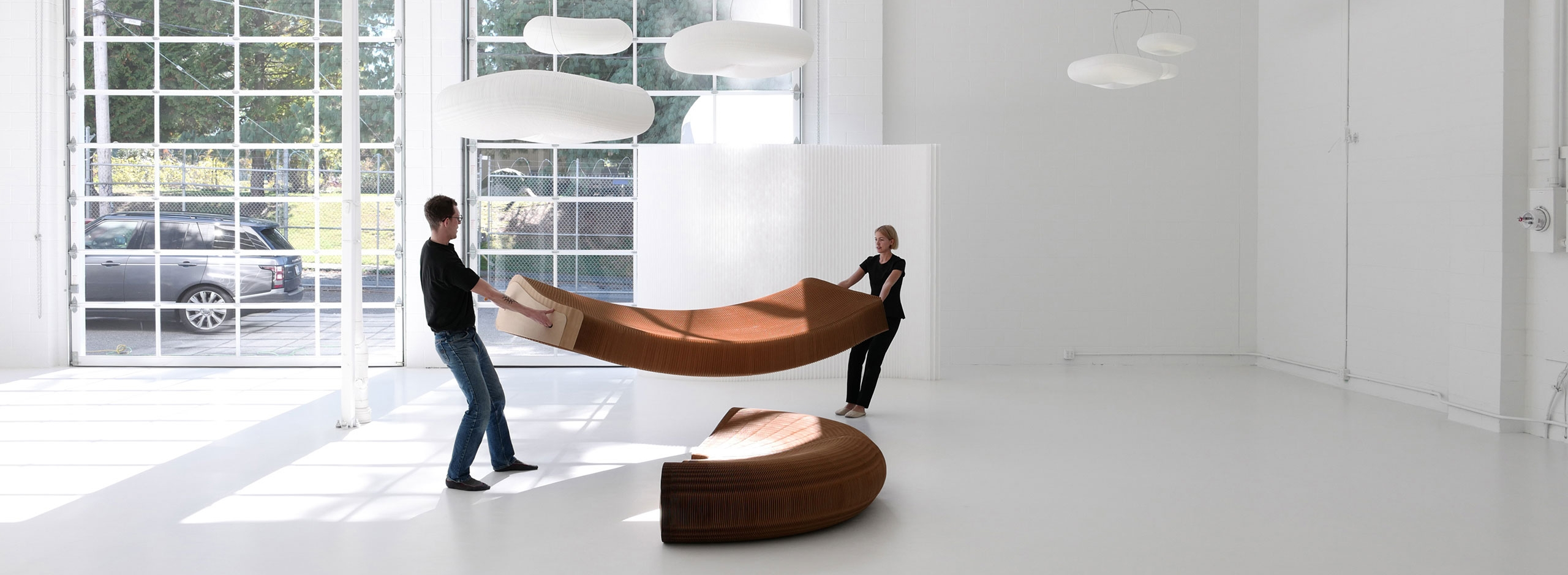 Stretchy paper furniture, setting up the molo softseating lounger.