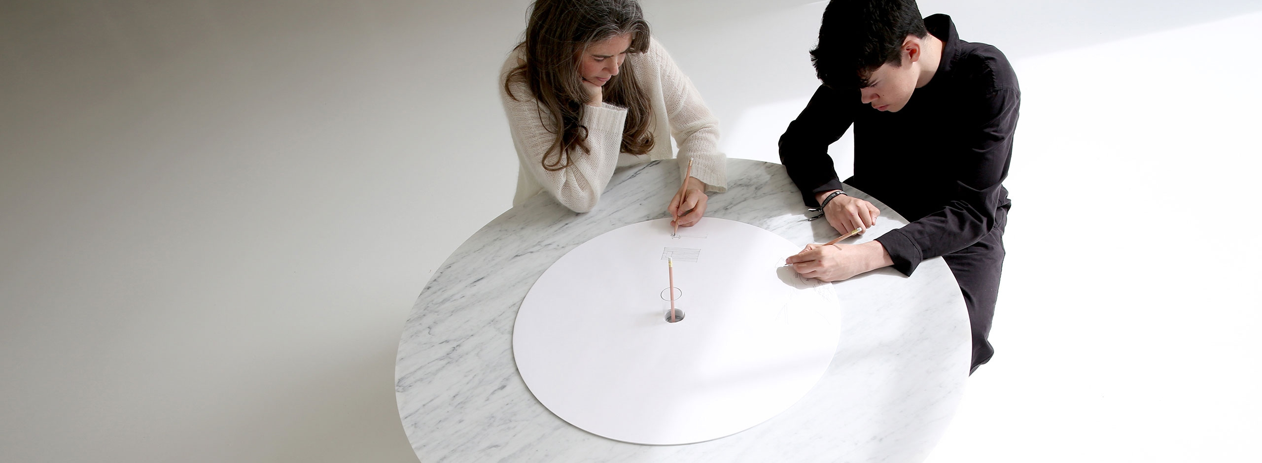 Cantilever Table - Paper and Cardboard Table Furniture