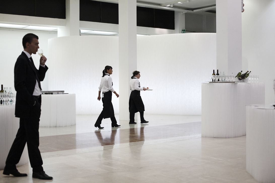 molo white textile softblock + softwall at the Bologna Gallery of Modern Art Event