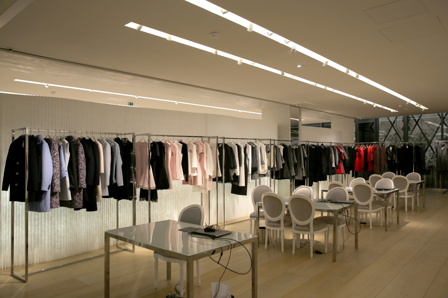 molo white textile softwall and softblock + LED at the Dior Headquarters in Paris, France.