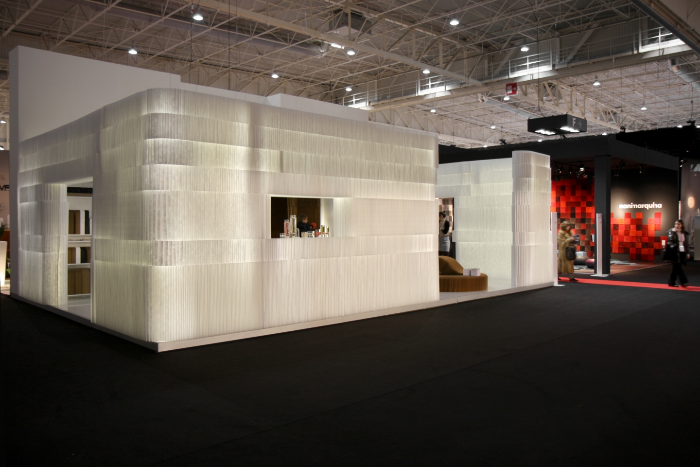 textile softblock / modular room divider - molo soft collection of flexible, modular space partitions, seating, tables and lighting at Maison & Objet 2010 in Paris