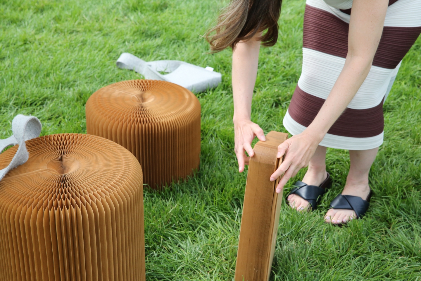 folding up softseating at Chicago's Millenium Park - paper stool by molo