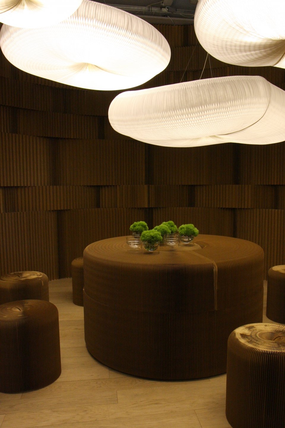 portable paper stools and furniture by molo - The natural, calming affect of a room built from paper softblocks.