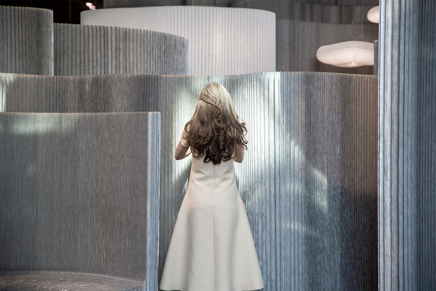 aluminum partition walls and high backed bench | molo display at ICFF 2019 NYC