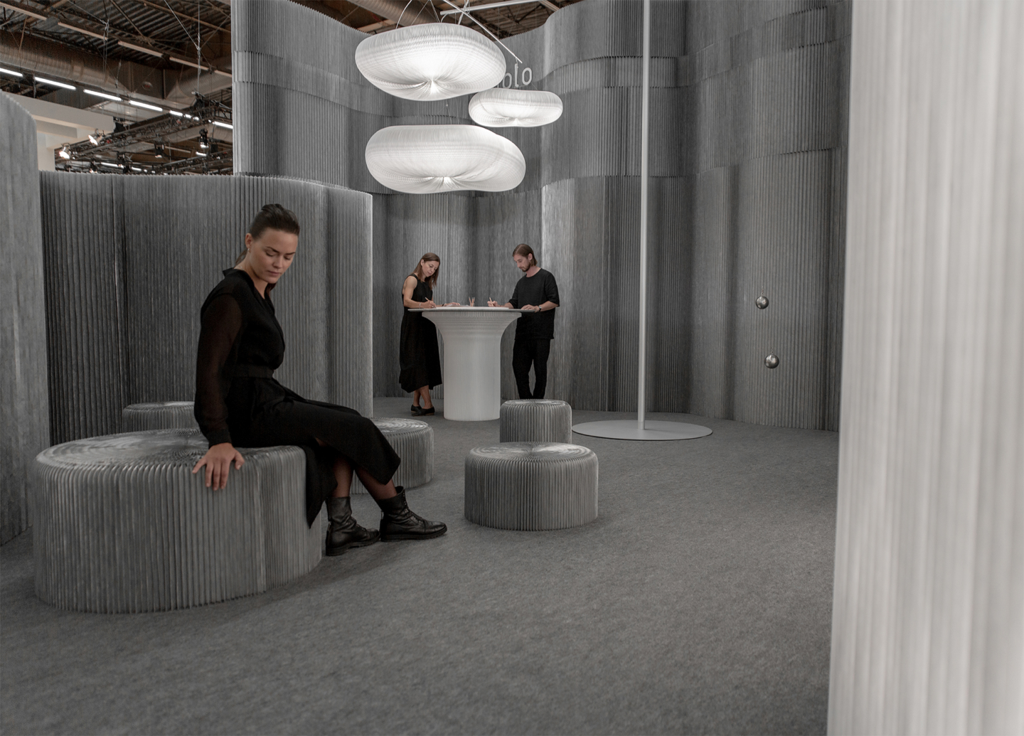 flexible room divider and lounge seating for office spaces